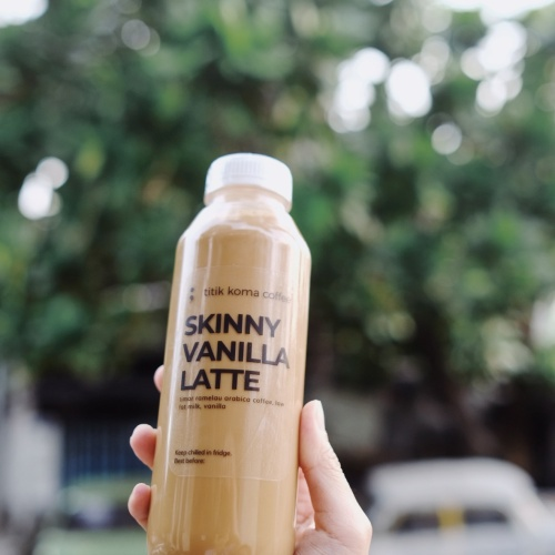 Foto Produk Skinny Vanilla Latte - 500ml dari titikkomacoffee