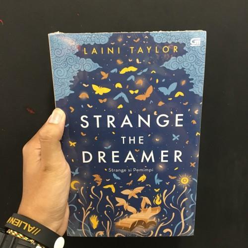 Foto Produk Buku Strange Si Pemimpi (Strange The Dreamer) - Laini Taylor dari Zipxy Up