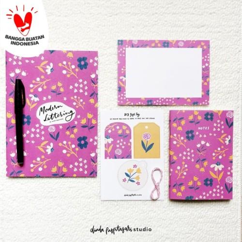 Foto Produk Purple Bloom Modern Lettering Kit dari Dinda Puspitasari Studio