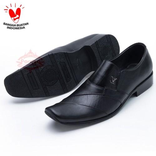 Foto Produk Sepatu Pantofel Kulit untuk Kerja Kantor bukan Kickers 902HT - Hitam, 42 dari FORDZA Shop