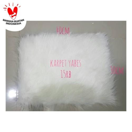 Foto Produk Karpet Bulu Putih Korea uk 30x40cm HIGH QUALITY dari Rumah Karpet Yabes