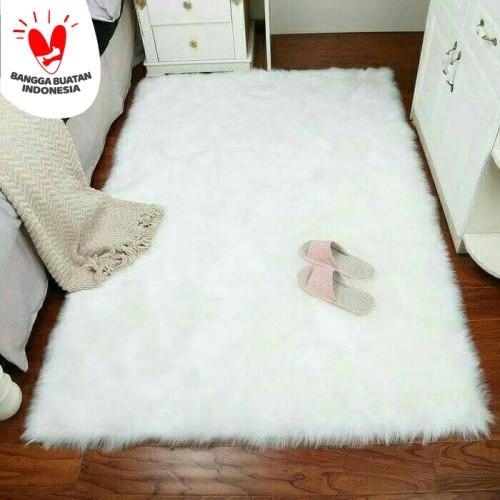 Foto Produk Karpet Bulu Putih Lembut 70x130cm TERMURAH HIGH QUALITY dari Rumah Karpet Yabes