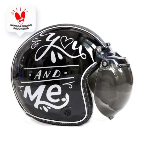 Foto Produk Helm Bogo Retro JMC Motif You and Me Hitam SNI - Kaca Bogo Biasa dari JMC Helmet