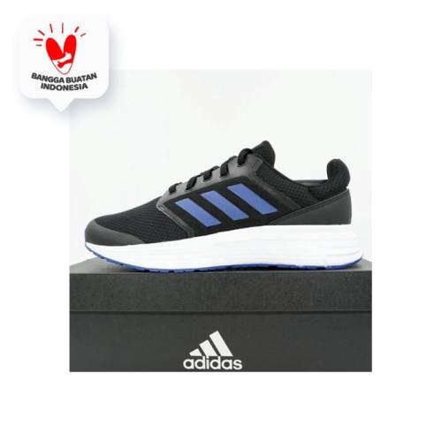 Foto Produk Sepatu Running/Lari Adidas Galaxy 5 Core Black Royblue FW5706 Original dari KING OF DRIBBLE