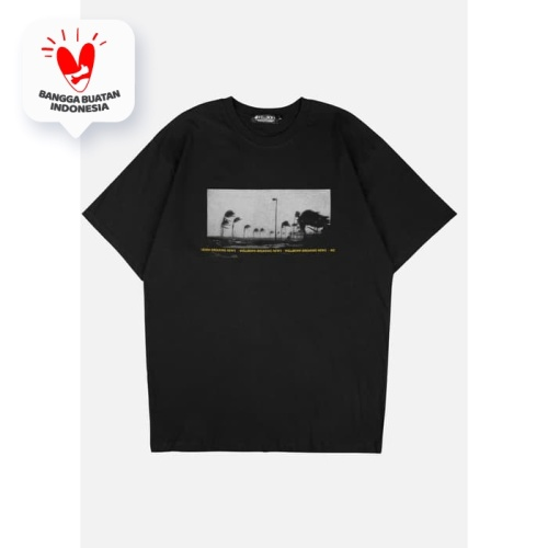 Foto Produk Wellborn News Black T-Shirt - S dari WELLBORN