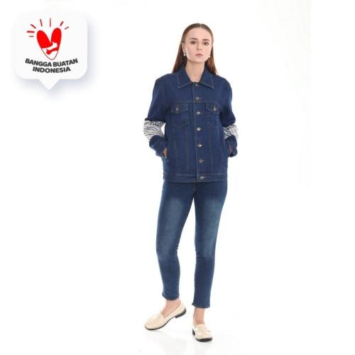 Foto Produk Empathy- Jaket Denim Kombinasi Batik Cap - Orlie Jacket Denim - Salur, L dari IWearEmpathy