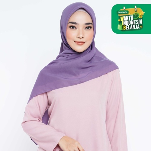 Foto Produk ZM Zaskia Mecca - Sana Berry Hijab Kerudung Segi Empat dari Zaskia Mecca Official