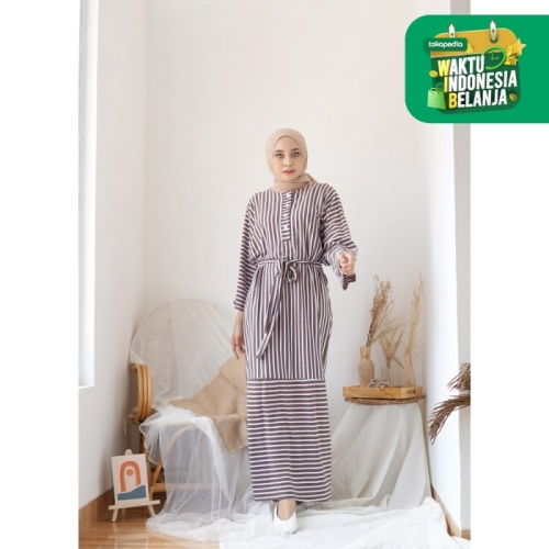 Foto Produk Mybamus Long Chaima Stripe Dress Mocca M15492 R30S7 dari Mybamus Official