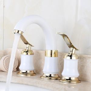 Foto Produk 3Pcs Bathroom Faucet 2 Lever Handles Widespread Bathroom Basin Water dari Interest Shop