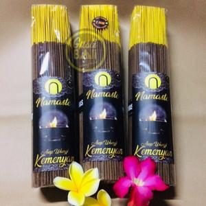 Foto Produk Dupa NAMASTE Herbal KEMENYAN Full Celup Abu Dingin dari Gusti Warung Online