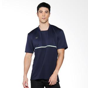 Foto Produk Umbro Medusae Poly Tee Kaos Olahraga Pria [64427U-EMA] - S dari UMBRO