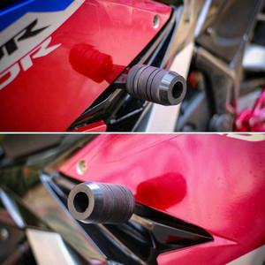 Foto Produk FRAME SLIDER HONDA CBR FACELIFT 150 K45 frame slider all new cbr k45g dari HANS_MOTOR