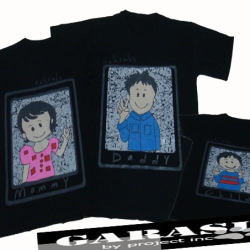 Foto Produk Family Tshirt - Happy Family Photo Album dari Garasibyproject