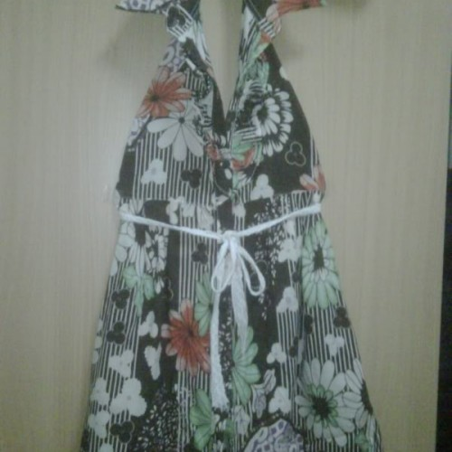 Foto Produk Halter Flowery dari Fashionista Boys & Girls