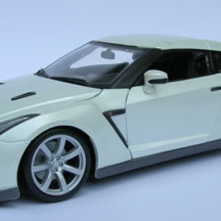 Foto Produk Nissan GT-R 2009(BBURAGO) dari Tunggal Jaya Toys