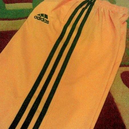 Foto Produk Adidas - Celana Training (Kuning/Hitam) dari Clubkaos