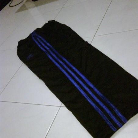 Foto Produk adidas - celana training (Hitam/Biru) dari Clubkaos