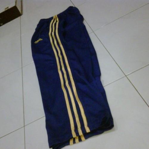 Foto Produk adidas - celana training (Biru/Kuning) dari Clubkaos