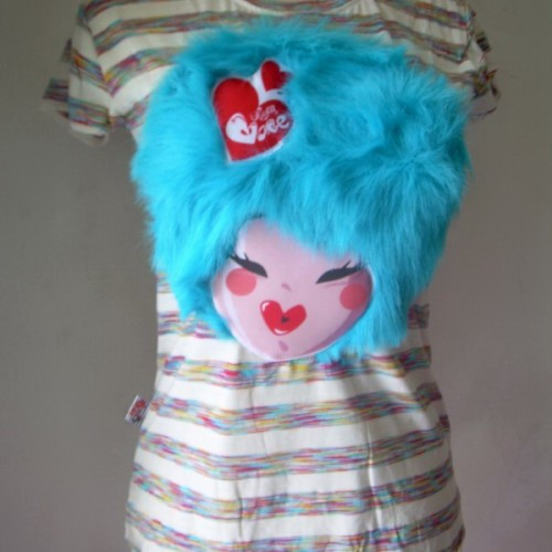 Foto Produk T'shirt muka bulu biru dari Opium Babe ^