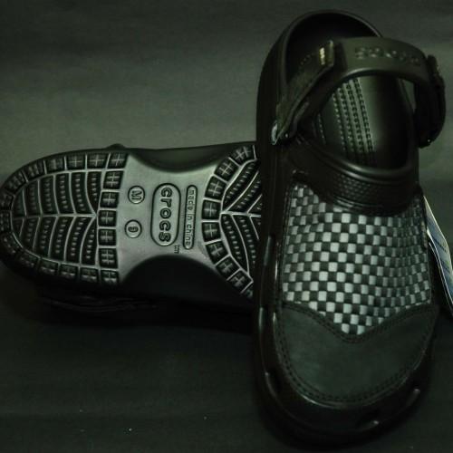 Foto Produk Crocs Yukon Woven dari Ashi Shoppu