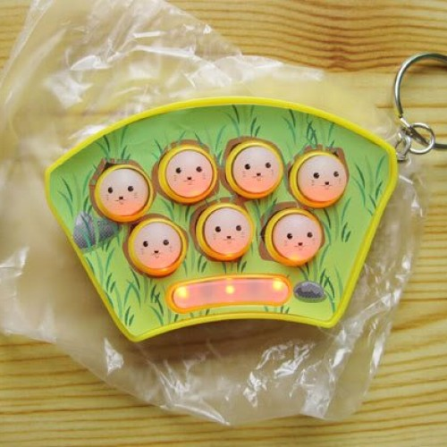 Foto Produk Mini Whack It Whack-A-Mouse Mole Gopher Game Key Chain dari Justin D'Shop