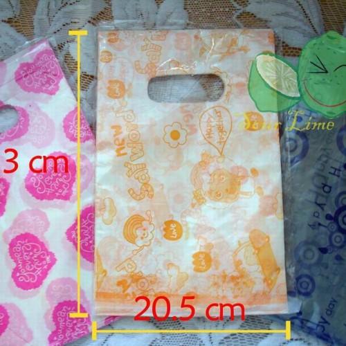 Foto Produk Plastik Fancy (S Size) 75lmbr dari Lime Lime