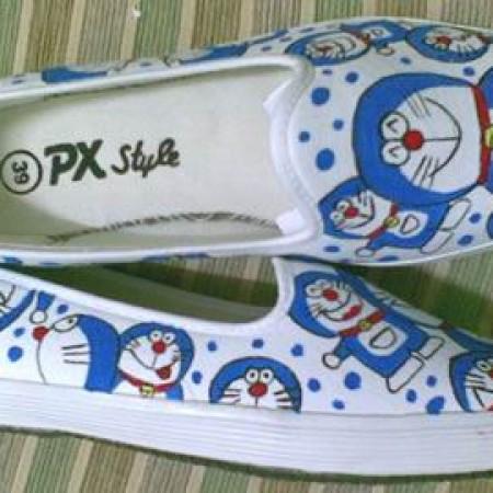 Foto Produk Sepatu Lukis Full Of Doraemon_1 dari Ghani