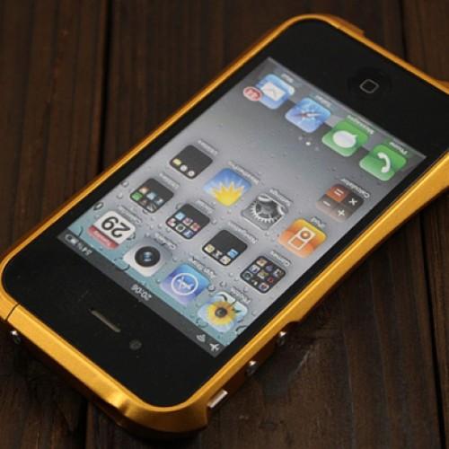 Foto Produk Bumper iPhone 4 Deff Cleave Gold dari Licia Cellular