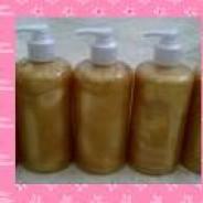 """Foto Produk SABUN EMAS MADU """" GOLDEN HONEY SOAP """" 500ML dari Beauty Cosmo Shop"""