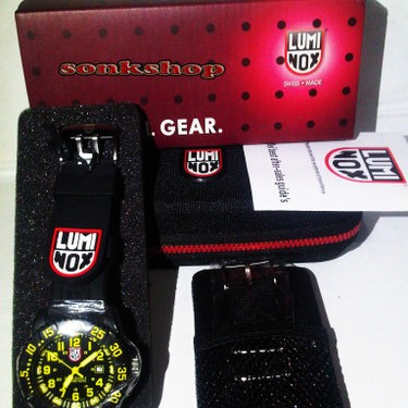 Foto Produk Luminox Swiss Essential Gear dari Uishop