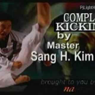 Foto Produk Complete Taekwondo Kicking | Tehnik tendangan Lengkap Taekwondo dari Tokobukuplus