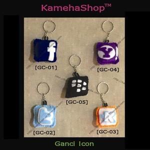 Foto Produk Gantungan Kunci Icon Kaskus, Apple, Blackberry, Yahoo, FB, Twitter dari KamehaShop.com