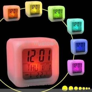 Foto Produk Jam Moody Alarm Clock dari Hezty ShOp