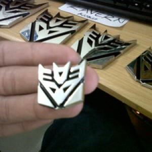 Foto Produk Emblem Transformers Decepticon Mini dari BOBandPOP