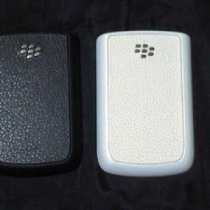 Foto Produk Backdoor (Tutup Baterai) Blackberry Onyx (9700) Original white dari Licia Cellular