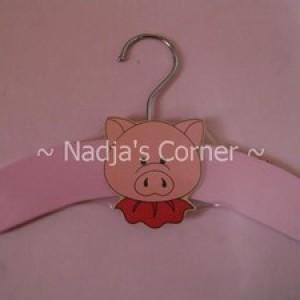 Foto Produk Gantungan Baju Babi dari Nadja's Corner