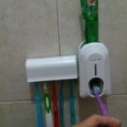 Foto Produk Dispenser Odol Lengkap Dengan Tempat Sikat Gigi ::Model Baru:: dari DSell