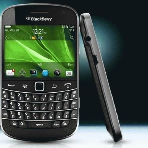 Foto Produk BlackBerry Bold Touch 9900 dari BLACKBERRY BM TERMURAH