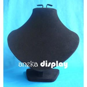 Foto Produk Display Kalung Beludru Hitam dari Aneka Display