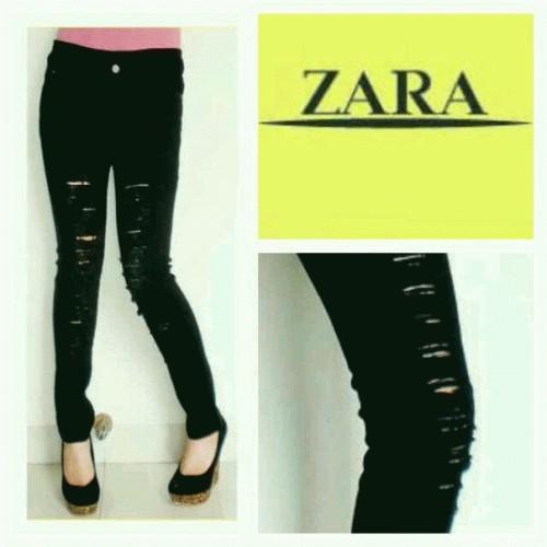 Foto Produk Zara ripped black dari Diamonddon shop