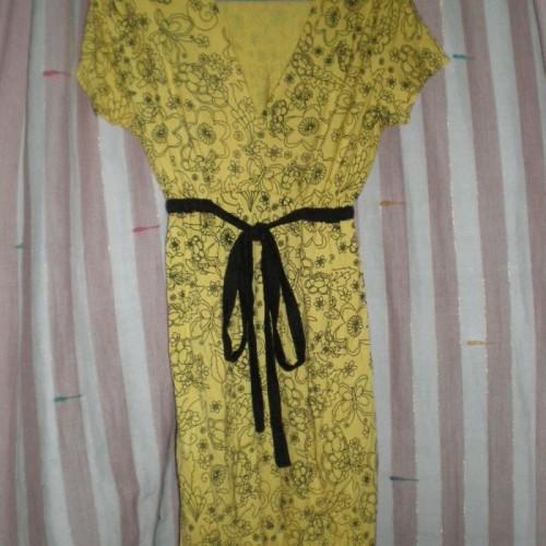 Foto Produk knit dress flower yellow dari lovely carmel