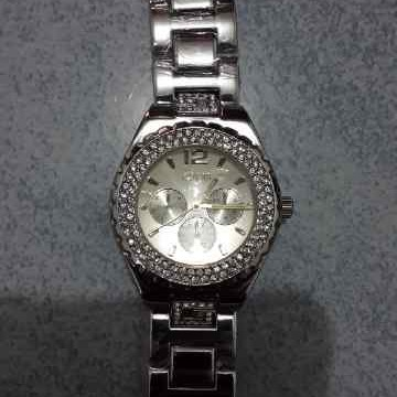Foto Produk Jam Tangan Guess Silver dari Elenna-Store