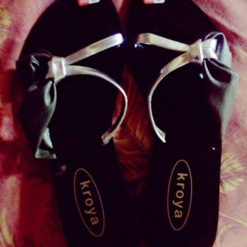 Foto Produk flat shoes hand made dari Bali Wedding Souvenir