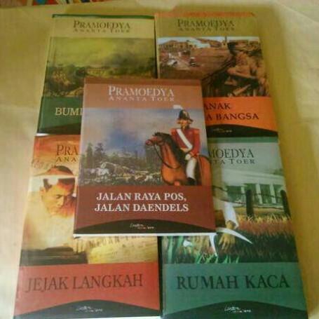 Foto Produk Buku Tetralogi Pramoedya Anata Toer (Harga spesial) dari Books_shop