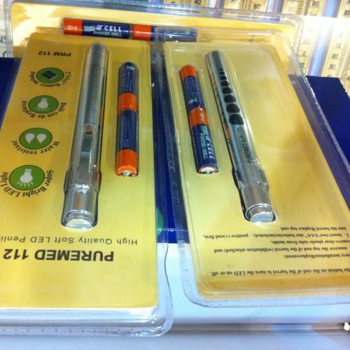 Foto Produk Penlight Softlight PUREMED ( Lampu warna kuning ) dari evodia medika