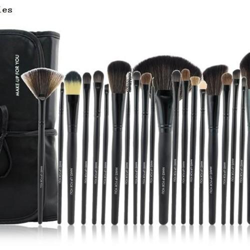 Foto Produk Brush SET Makeup for you / Make up for you Bamboo 24pcs - Doffi BLACK dari twindshop