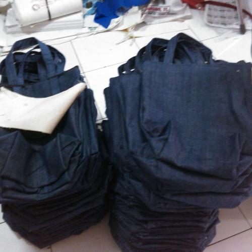 Foto Produk Denim Tote Bag [Tas Jeans Polos] - 30x36cm dari KamehaShop.com