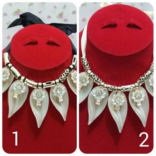 Foto Produk Kalung Pita 5 Daun dari Mulia_Shop