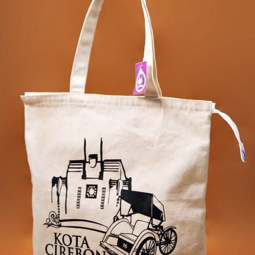 Foto Produk Premium Canvas Tote Bag - BC0308 Cirebon Hall dari KamehaShop.com