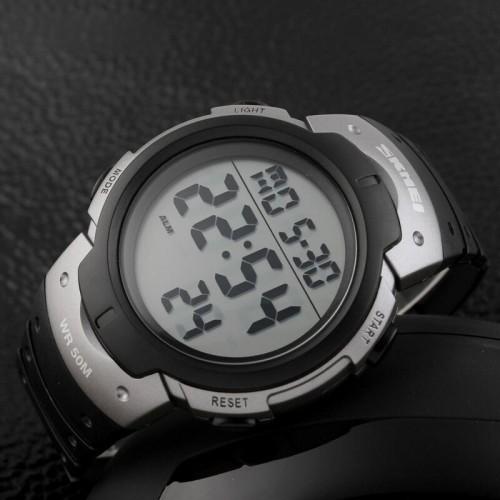 Foto Produk Jam Tangan SKMEI Pioneer Sport Watch - DG1068 Black Silver dari AR-Z Online Store